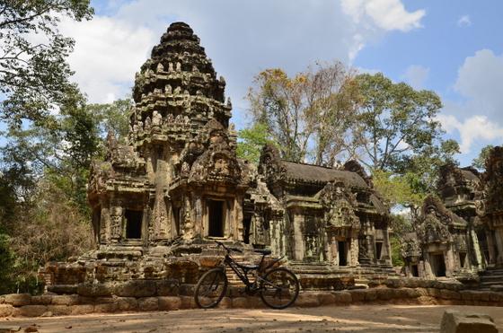 Ar velosipedu pa Ankoru