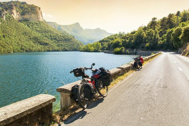 Ebro-upes-piekraste-Spanija